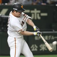Tomoyuki Sugano clubs solo homer to help his cause, lift Giants over BayStars
