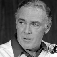 Former Seattle Seahawks coach Chuck Knox, seen in a December 1983 file photo, died last weekend at the age of 86. | AP