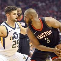 Dogged Paul leads Rockets into West finals
