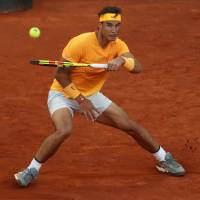 Rafael Nadal breaks John McEnroe's record for consecutive set wins on same surface