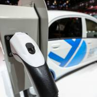 Mitsubishi Motors to provide plug-in hybrid technology to Renault