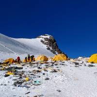 Mount Everest becomes a high-altitude rubbish dump