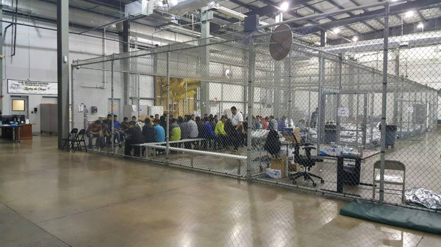 Administration seeks to expand immigrant family detention