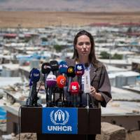 In Iraq, UNHCR envoy Angelina Jolie calls for focus on conflict prevention
