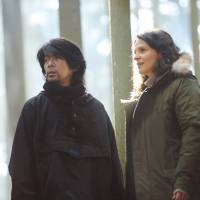 Love in the woods: Masatoshi Nagase's Tomo falls for Juliette Binoche's Jeanne when she comes to Nara in search of a rare herb. | © 2018 'VISION' LDH JAPAN, SLOT MACHINE, KUMIE INC.