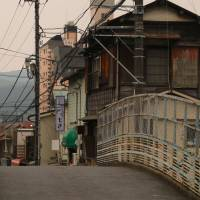 Historically significant: From as early as 1150, Ome was an established area of fine silk production and, during the Edo Period (1603-1868), became a crucial shukuba (post station) on the Ome Kaido road to Edo. | KIT NAGAMURA