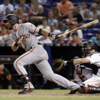Giants' Evan Longoria placed on disabled list with hand injury