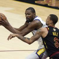 Kevin Durant ignites Warriors with 43-point performance in Game 3