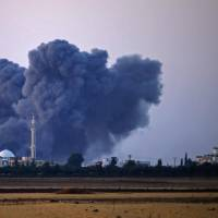 Russian airstrikes, regime assault resume in southwest Syria after talks fail