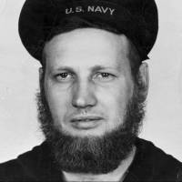 With U.S. Navy easing rules for women's hair, sailors call for reversing ban on beards