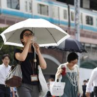 Heat wave sends mercury to all-time high of 41.1 in Saitama