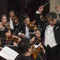 Tetsuji Honna picks up the tempo in Hanoi