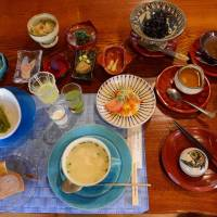 Just the first course: A hearty and healthy breakfast at Okinawa Daiichi Hotel in Naha. | STEPHEN MANSFIELD