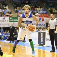 Kazuya Hatano, seen in action last season for the Shimane Susanoo Magic, was the leading rebounder at the recent Summer Super 8 tournament in Macau. He now plays for the Rizing Zephyr Fukuoka. | B. LEAGUE