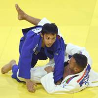 Naohisa Takato, Ai Shishime claim titles on first day of Zagreb Grand Prix