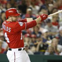Mark Reynolds' career night leads Nationals past Marlins