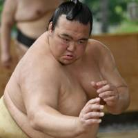 Kisenosato to miss eighth straight meet