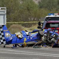 Small home-built plane crashes on Phoenix street, killing both aboard