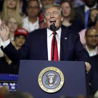 Trump preaches to the choir in Florida rally for GOP hopefuls, claims 'most popular' title