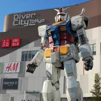 Diver City's Gundam replica stands 18 meters tall. Photo by clio 1789 from Flickr
