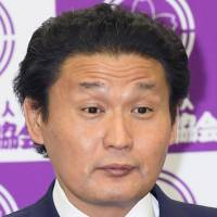 Sumo stablemaster Takanohana discharged from Akita hospital after convulsions