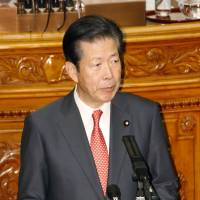 Komeito leader Natsuo Yamaguchi speaks during an Upper House plenary session at the Diet in January. | KYODO
