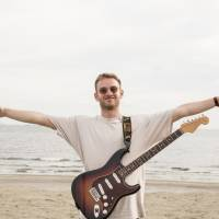 First time in Japan: When he wasn't performing at Summer Sonic, Tom Misch went sightseeing. He climbed Mount Fuji and went record shopping in Tokyo.   YOSUKE TORII