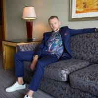 Sitting pretty: Simon Pegg speaks with The Japan Times about his latest film, 'Mission: Impossible — Fallout,' on a recent trip to Tokyo. The movie is the sixth installment in the blockbuster action franchise. | OSCAR BOYD