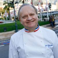 French chef Joel Robuchon poses during the festivities marking the 25th anniversary of French chef Alain Ducasse's restaurant Le Louis XV, in Monaco. | AFP-JIJI