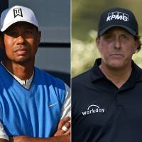 Tiger, Mickelson to stage pay-per-view duel on Thanksgiving weekend