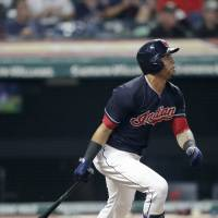 Indians outfielder Leonys Martin recovering from bacterial infection