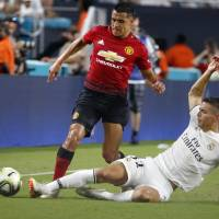 United beats Madrid to close tour
