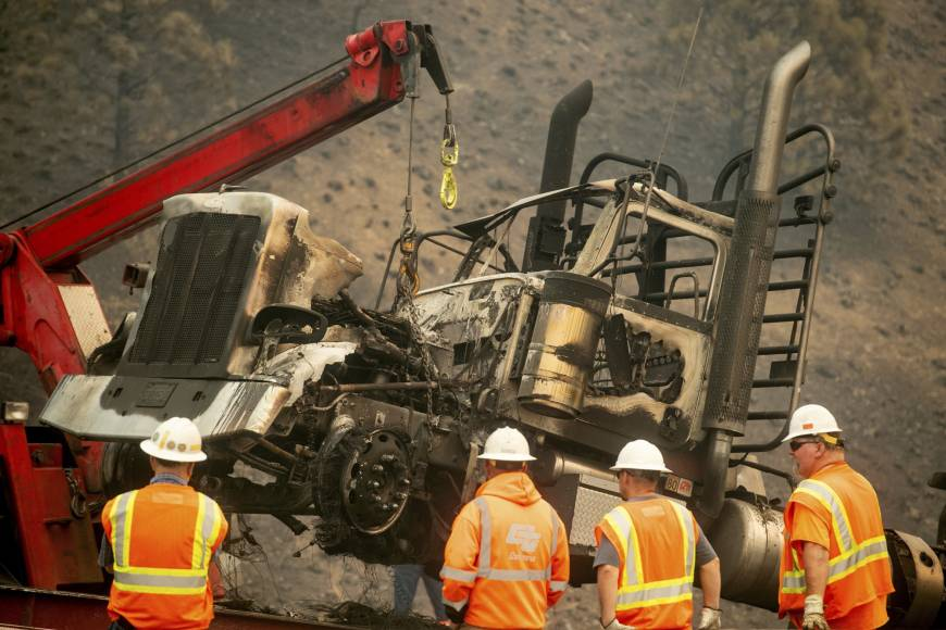 Truckers abandon big rigs as wildfire scorches California freeway I-5