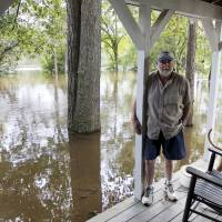 10 days after Hurricane Florence hit, fresh chaos in Carolinas as flood threat spurs more evacuations