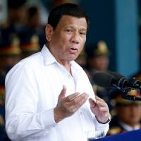 Philippines' Duterte apologizes for calling Obama a 'son of a whore'