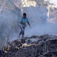 Syrian and Russian warplanes pound Idlib before talks on expected attack, killing 13 civilians: monitor