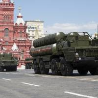 Russia to send newer, S-300 missile defense systems to Syria