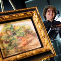 Jewish collector's sole descendant gets Nazi-looted Renoir back