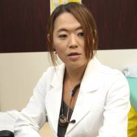 Hime Muto, a doctor who offers counseling for transgender people, speaks at her clinic in Nagoya. | CHUNICHI SHIMBUN