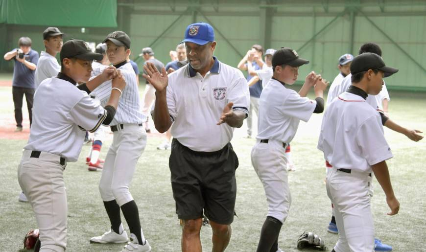 Former Yomiuri great Warren Cromartie wants to see more passion from NPB clubs