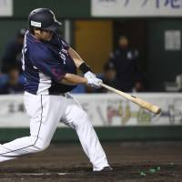 Takeya Nakamura powers Lions past Fighters