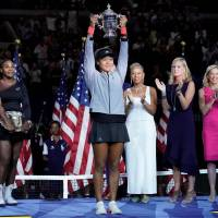 Analysis: In drama-filled match, Naomi Osaka shows her mettle with historic win over Serena Williams