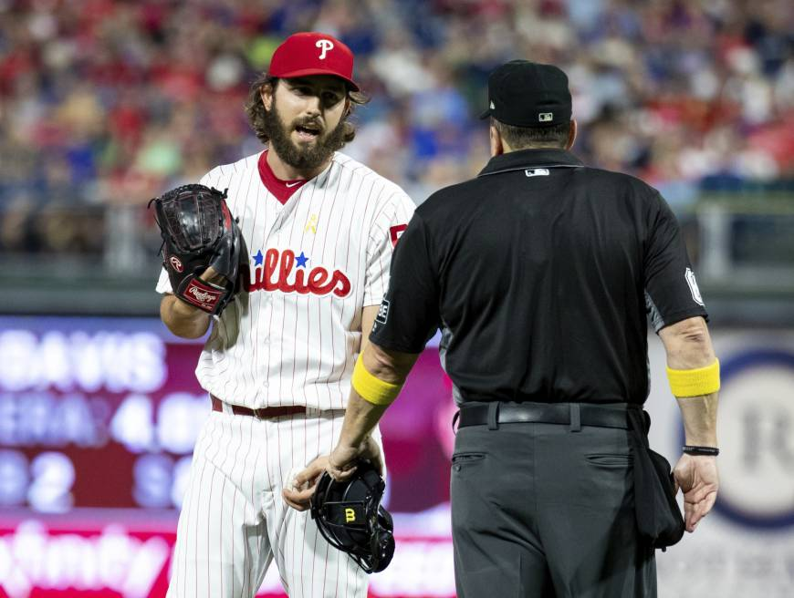 Umpire confiscates Phillies pitcher's cheat sheet