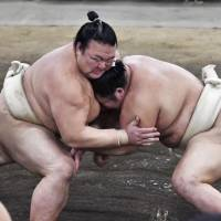 Sumo's Yokozuna Deliberation Council plays important role in overseeing sport