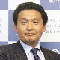 Former yokozuna Takanohana ended his sumo career on Tuesday by submitting his resignation to the Japan Sumo Association. | KYODO