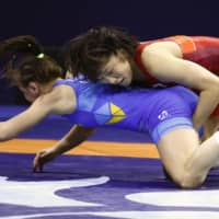 Yui Susaki, Haruna Okuno and Yukako Kawai reach weight class finals at world championships