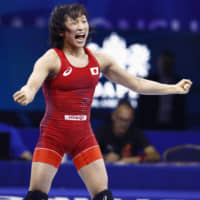 Yui Susaki, Haruna Okuno claim gold medals at World Wrestling Championships for second straight year