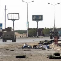 Fierce fighting resumes in Yemen's Hodeida after Houthis say they're open to truce