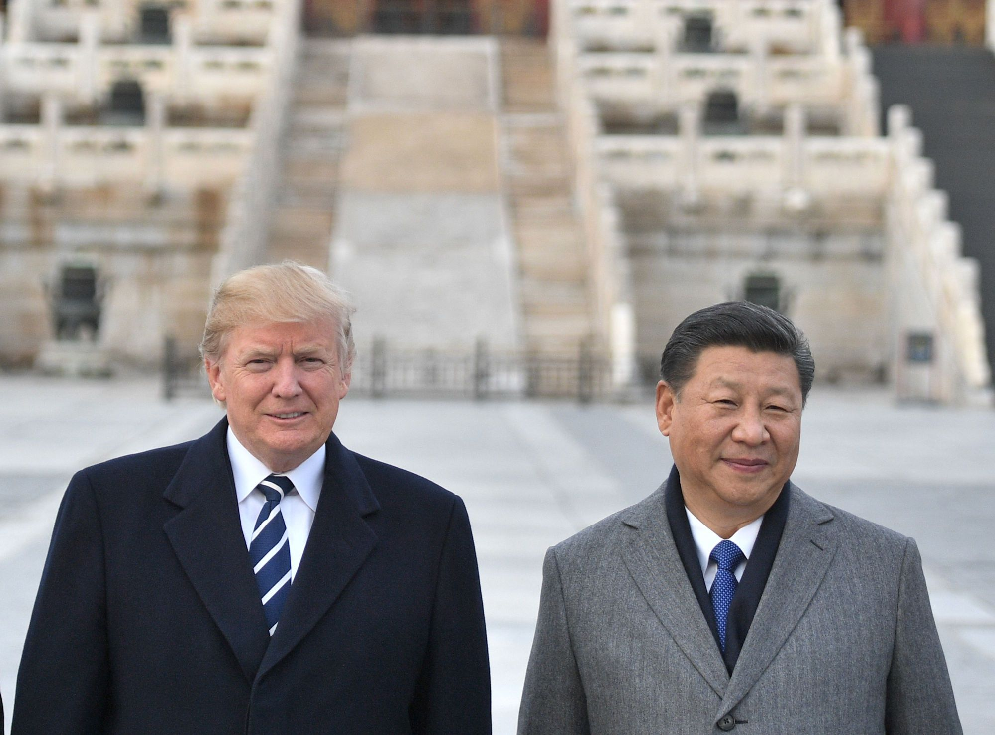 U..S President Donald Trump (left) and Chinese President Xi Jinping pose at the Forbidden City in Beijing last November. There is a 'good possibility' Trump will reach an agreement later this week to resolve the U..S trade dispute with China, a White House official said Tuesday.   AFP-JIJI