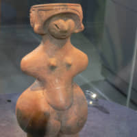 Ancient example: The 'Jomon Venus,' a National Treasure of Japan, sits on display in the Togariishi Museum of Jomon Archaeology in Nagano Prefecture.  Public domain | PUBLIC DOMAIN